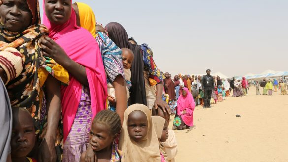 """19 mujeres fueron rescatadas de una """"fábrica de bebés"""" en Nigeria"""