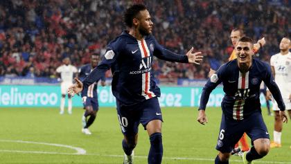 Neymar vuelve a rescatar al PSG con gol de último minuto entre tres defensas