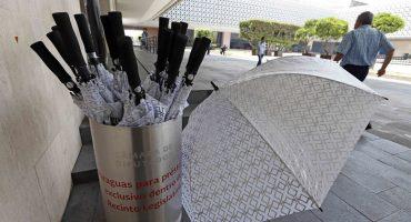 ¡Ah jijo! Cámara de Diputados pagó más de 200 mil pesos por paraguas y portaparaguas
