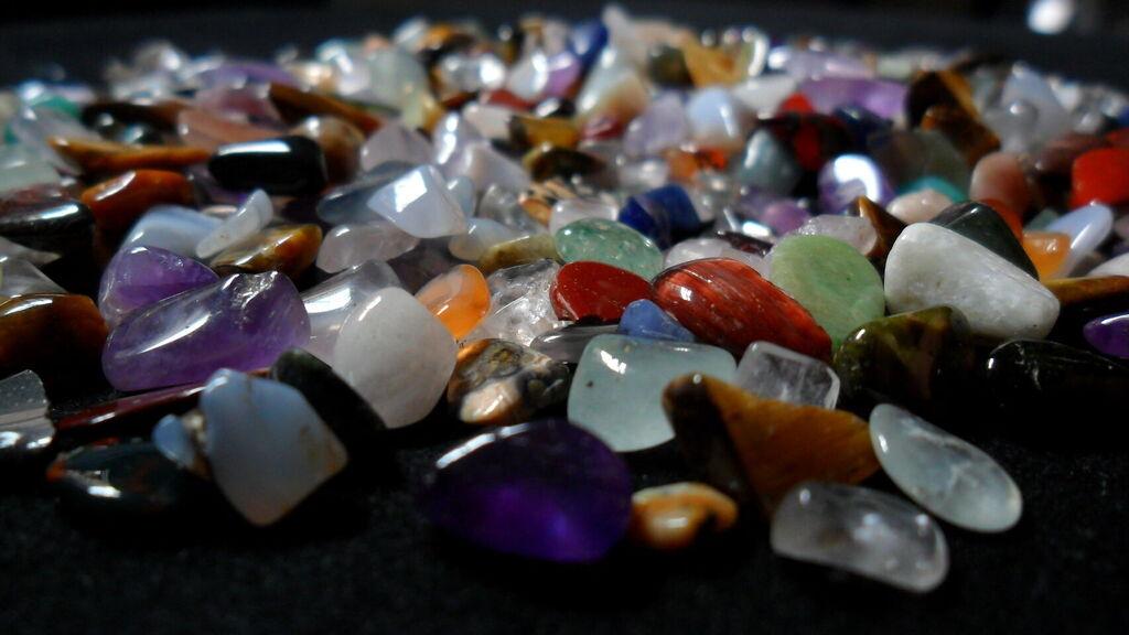 La oscura verdad detrás de los cristales mágicos