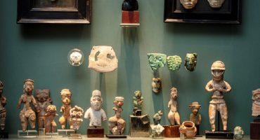 Mucho reclamo de México pero casa de subastas francesa sí remató piezas arqueológicas