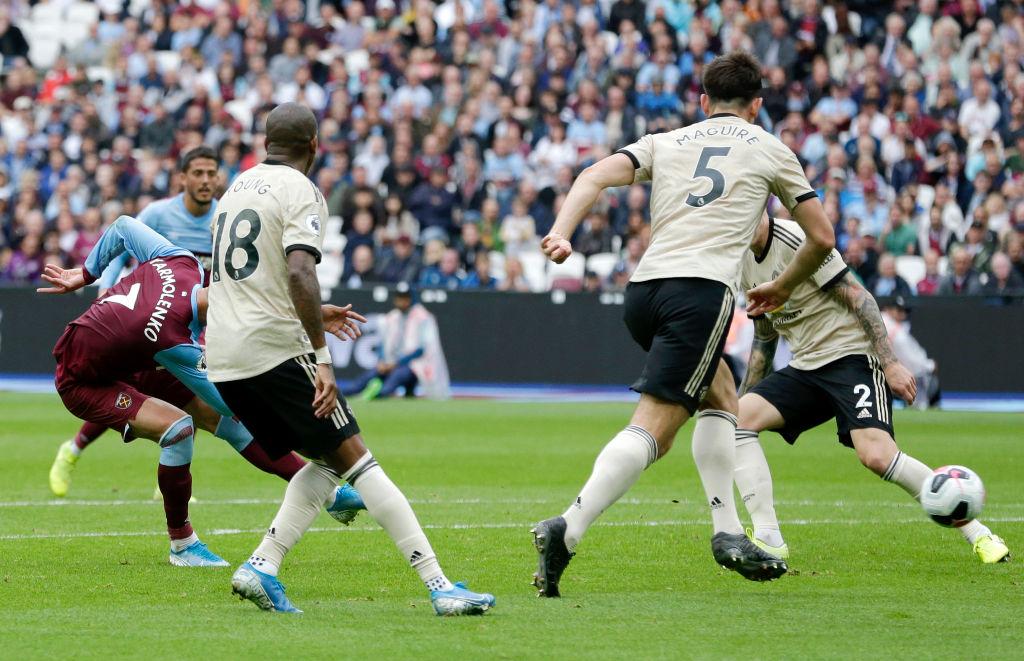 West Ham venció al Manchester United y ya liga 6 juegos invicto