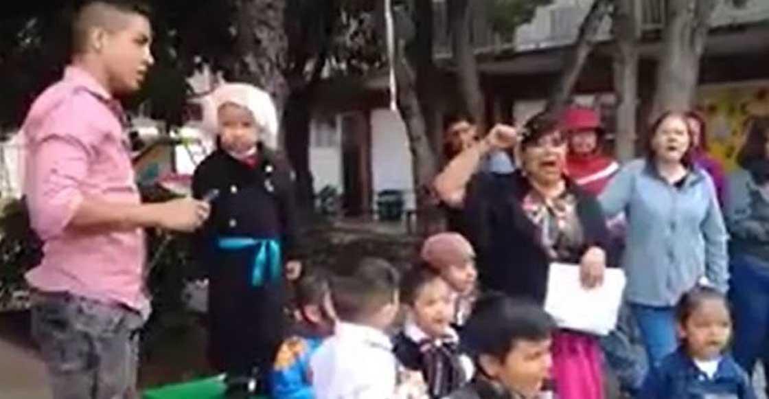 """Gritos brgs: """"¡Viva Allende, viva su jefa!"""" dice un niño vestido de Miguel Hidalgo"""