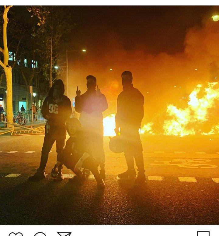 instagram-rusia-modelo-influencer-foto-protestas-barcelona