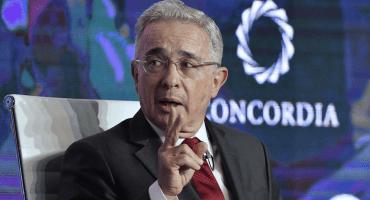 ¡Puuuum! Vinculan a proceso a expresidente de Colombia por fraude y sobornos