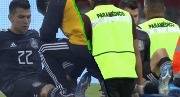 NOOOO: 'Chucky' Lozano salió en camilla del México vs Panamá