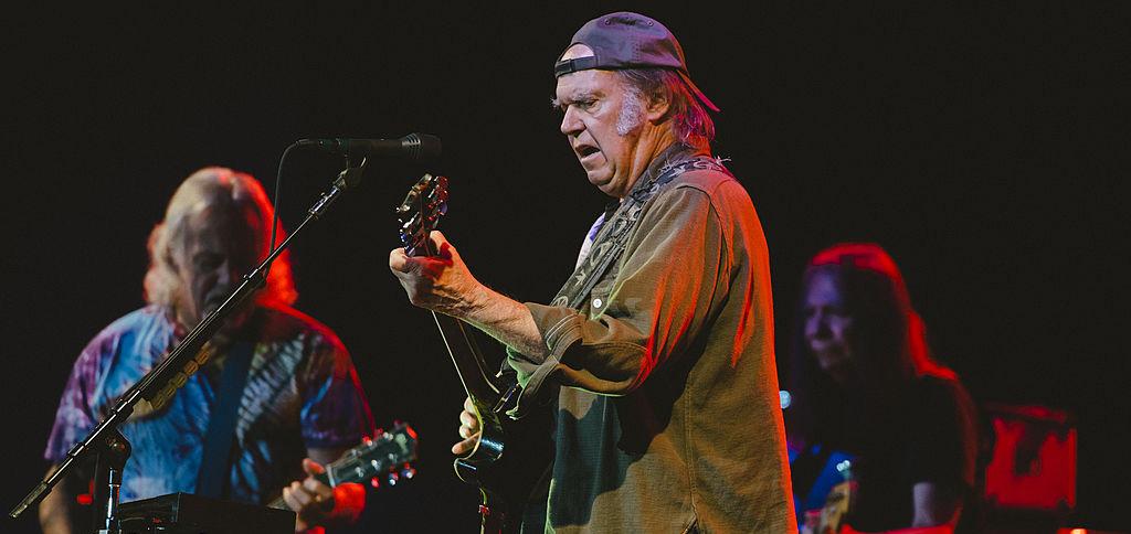 ¡Neil Young y Crazy Horse regresan con su nuevo álbum 'COLORADO'!