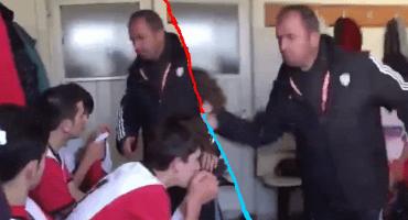 Entrenador turco golpeó a sus jugadores por ir perdiendo y se volvió viral