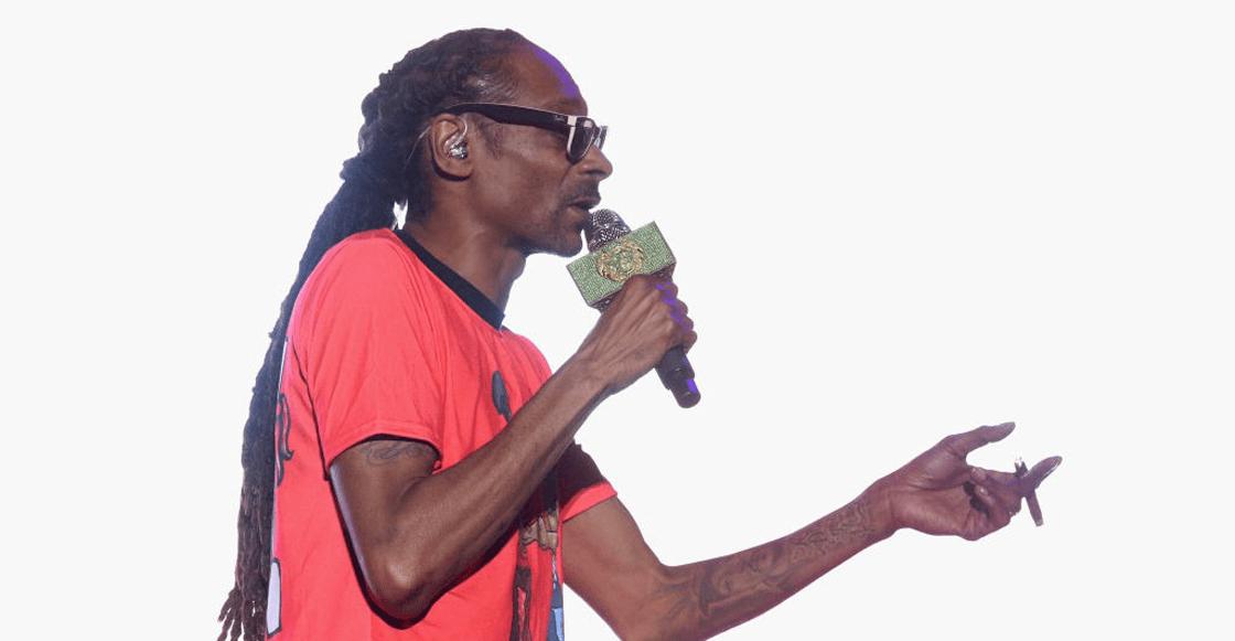 ¡Snoop Dogg le paga 50 mil dólares al año a alguien para que le haga sus porros!