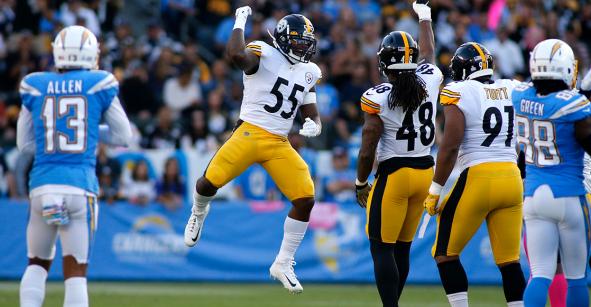 Steelers aplastan a Chargers en primer partido de Deviln Hodges como titular