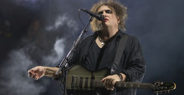 ¡A sacar la morralla! The Cure lanzará '40 Live Curaetion 25' y un box set de aniversario
