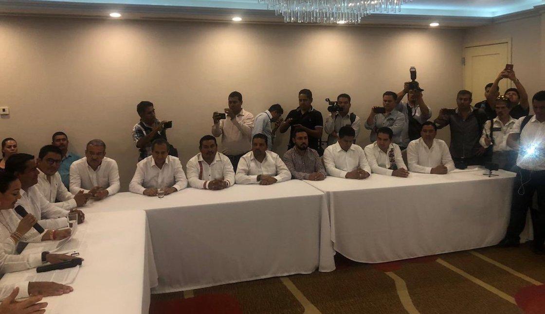 alcaldes-chiapas-morena-renuncian-21-partidos-politicos-02