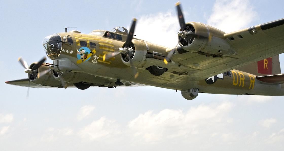 avion-historico-segunda-guerra-mundial-boeing