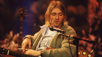 ¡Vendido! El legendario cárdigan de Kurt Cobain fue subastado por poco más de 6 millones de pesos