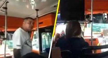 Uy, pues perdón: Chofer discute con varios pasajeros que le reclamaron por su forma de manejar