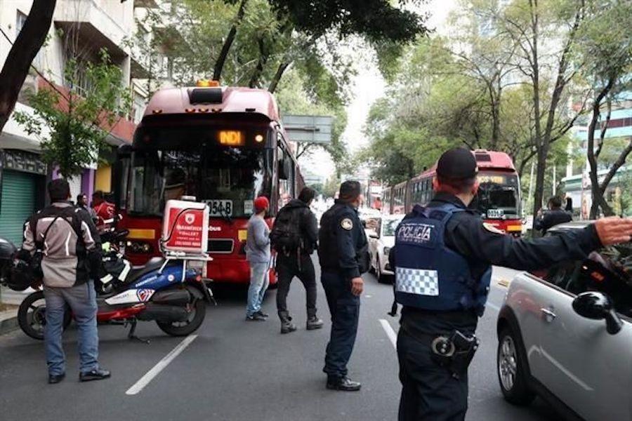 choque-taxi-metrobus-cdmx