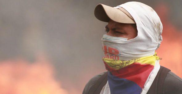 ¡Se complica todo en Ecuador! Lenin Moreno decreta toque de queda y militarización en Quito