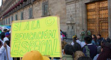 ¡A ellos no! Plan de austeridad de AMLO afectaría a alumnos con discapacidad