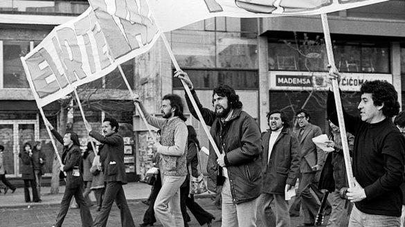 """""""El derecho de vivir en paz"""" la canción de Victor Jara que se ha convertido en el himno de protesta en Chile"""