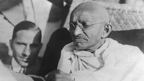 gandhi-roban-cenizas-india-bbc-cumpleanos