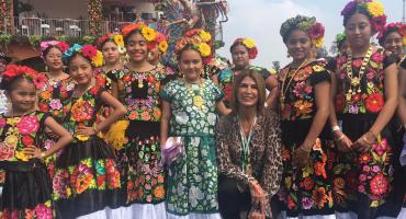 ¿Quiénes son las niñas que cantaron el himno nacional en el Gran Premio de México?