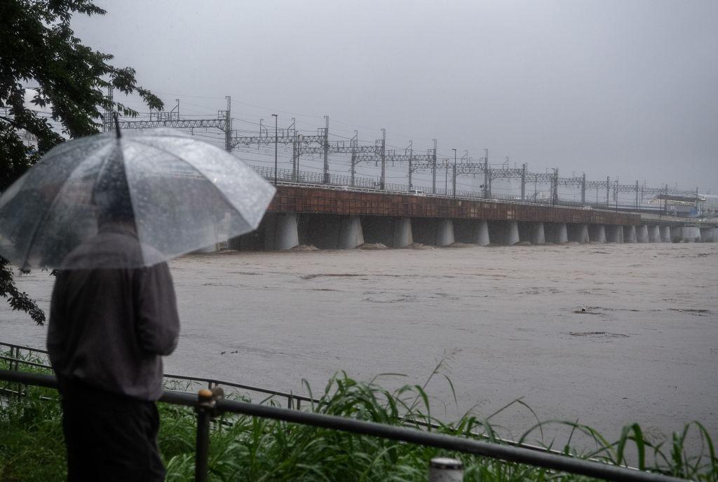 """Fotos y videos para dimensionar el daño de Hagibis, el tifón """"más poderoso en décadas"""" que ha tenido Japón"""