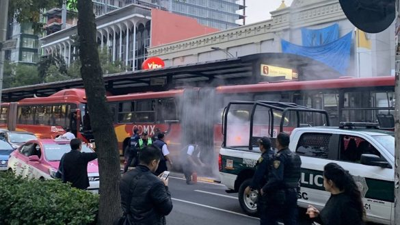 incendio-metrobus-doctor-galvez-llanta-fotos-falla-mecánica