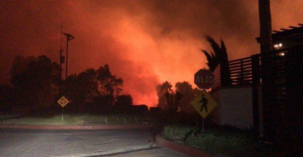 En imágenes: Los incendios en Tijuana y Ensenada que consumen Baja California