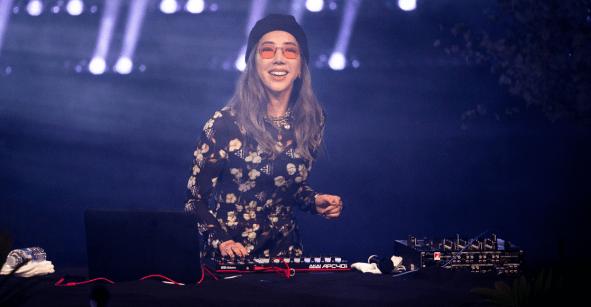 Tokimonsta: La historia de cómo perdió el oído y gracias a la música volvió a los escenarios