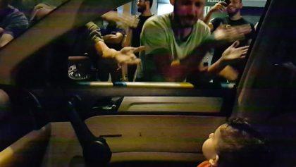 Manifestantes en Líbano le cantaron