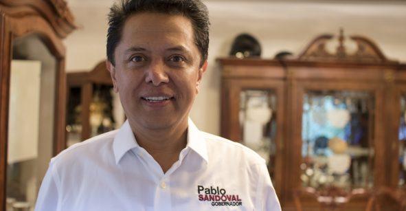 Renuncia superdelegado de Guerrero para buscar candidatura a gobernador