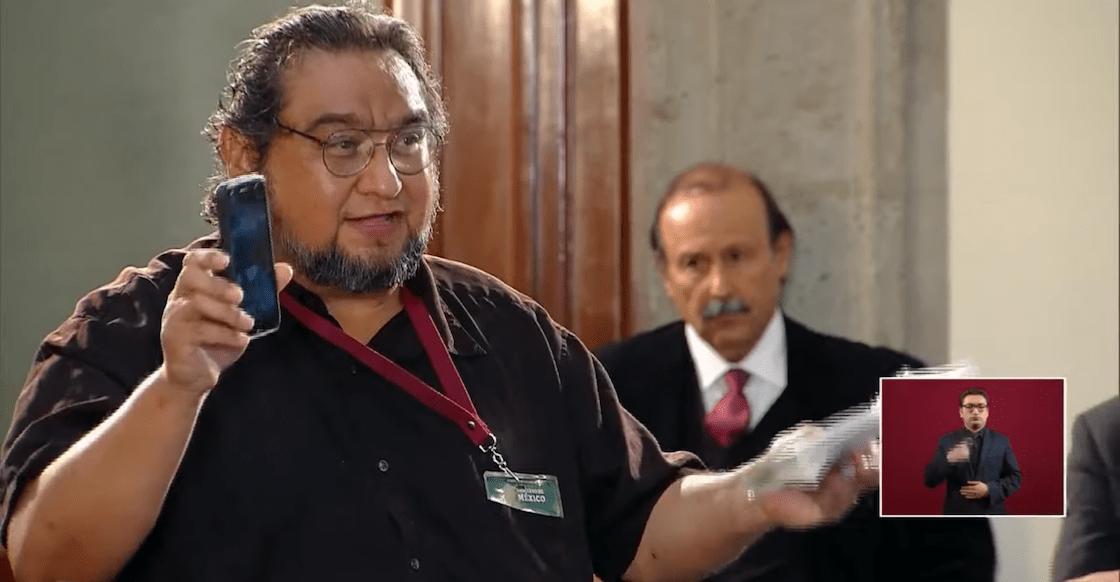 reportero-periodista-amlo-vetado-quitan-acreditacion-incomodo-mananera-conferencia