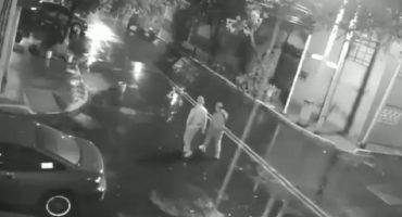 No es broma: En solo 30 segundos sujetos se roban un auto en la CDMX