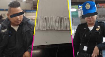 ¡Tsss! Cachan a policías del Metro CDMX robando boletos de los torniquetes