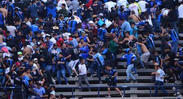 Suspendido el partido entre San Luis y Querétaro por alarmantes actos de violencia en las tribunas