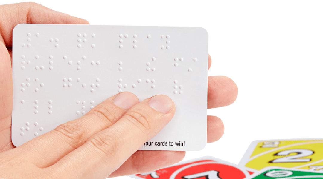 Uno Braille: El mismo juego de mesa, pero más inclusivo