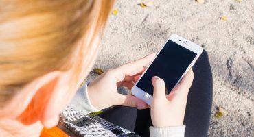 Proponen prohibir teléfonos celulares en primarias de San Luis Potosí