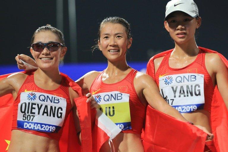 El tremendo OSO de China en relevos 4x100: se equivocaron y corrieron hacia atrás
