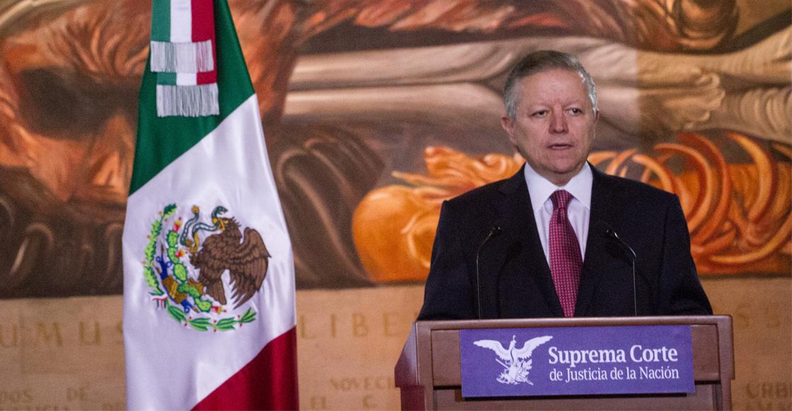 Suspenden a magistrado que revisaba las suspensiones contra Santa Lucía