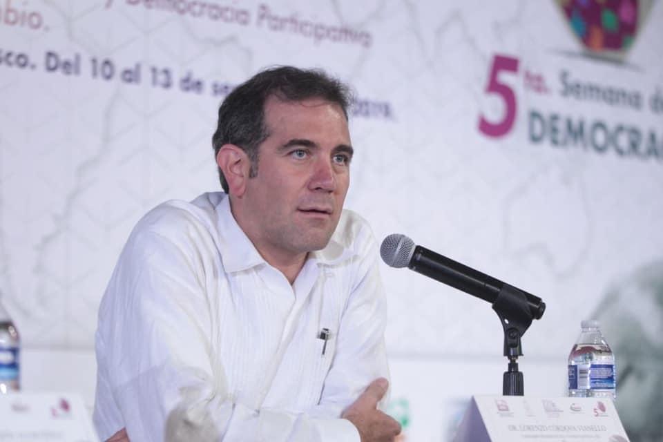 Lorenzo Córdova dejaría presidencia del INE por iniciativa de MORENA