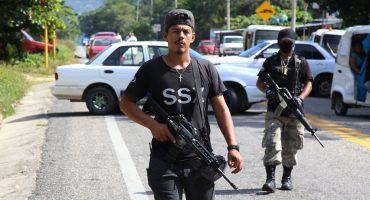 Tensión en Guerrero: Bloqueos, enfrentamientos y quema de vehículos en Xaltianguis