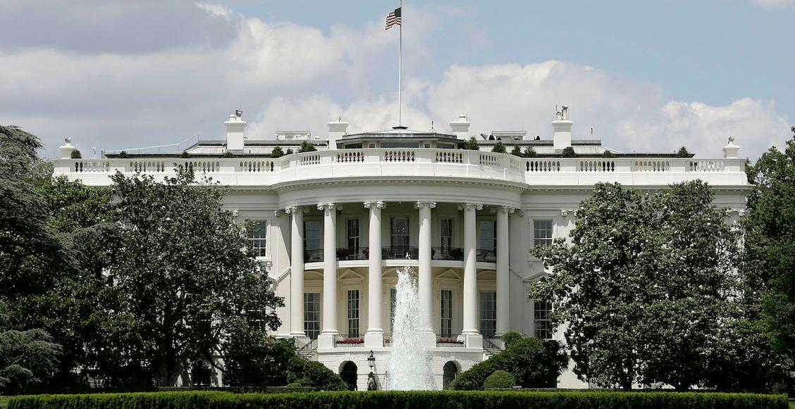 White House closed alert plane