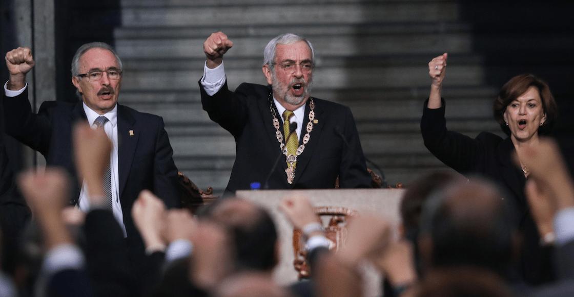 Enrique-Graue-toma-protesta-UNAM-prepa-8