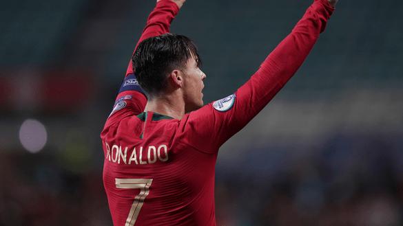 """El """"lesionado"""" Cristiano Ronaldo reapareció con hat-trick y golazo con Portugal"""