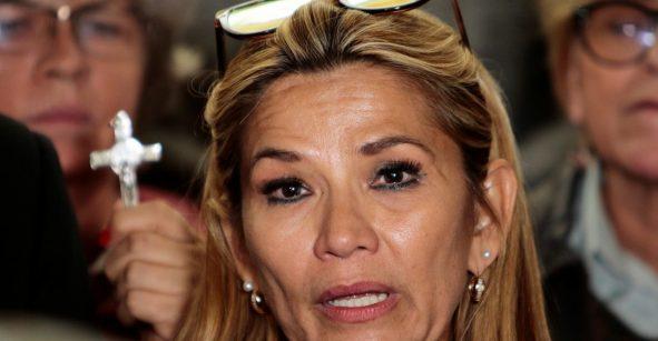 Me dan pena los mexicanos, tienen un socialista en el poder: Jeanine Áñez, presidenta de Bolivia