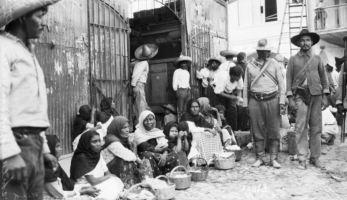 Mujeres-revolución-mexicana-1910