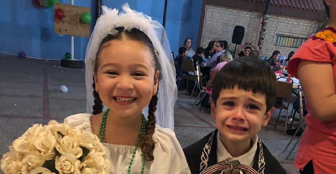 reacción opuesta de niños durante su boda en una kermés se vuelve viral