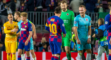 Portero del Slavia Praga reveló los gestos de los jugadores del Barcelona hacia ellos