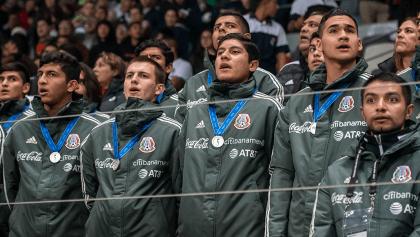 Subcampeones del Tri Sub-17 fueron homenajeados en el México vs Bermudas