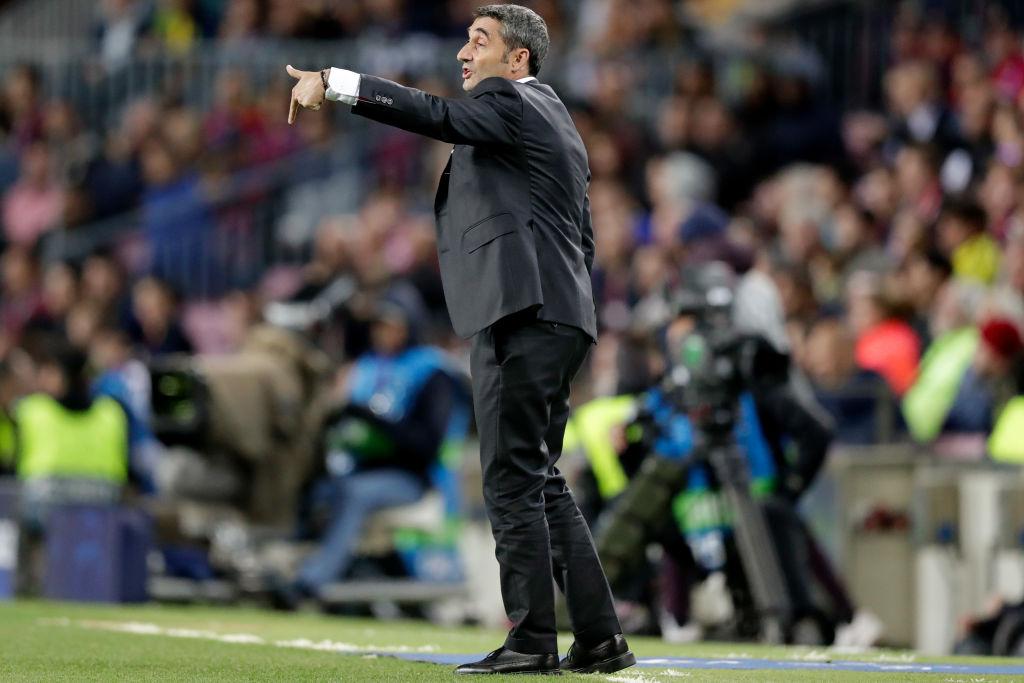 Afición pide la renuncia de Valverde tras el empate del Barcelona ante Slavia Praga